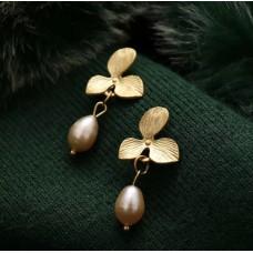 Belize Pearl Drop Earrings