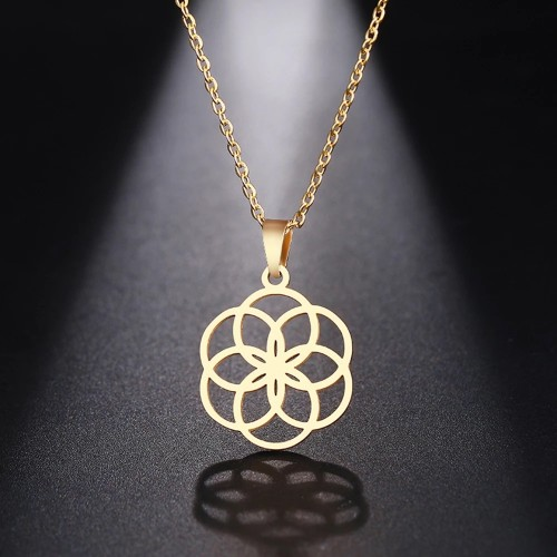 Geometric Pendant Necklace in Gold