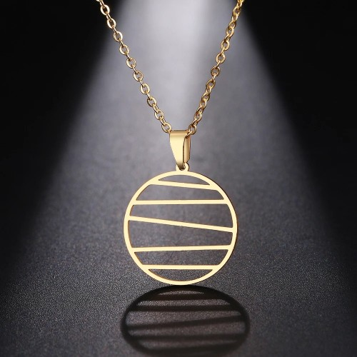 Modern Pendant Necklace in Gold