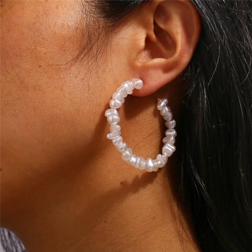 Greta Pearl Hoop Earrings
