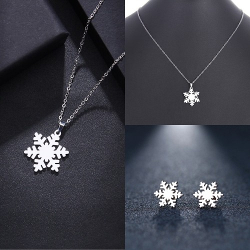 Silver Snowflake Necklace And Earrings Set