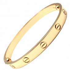 Love Bangle in Gold